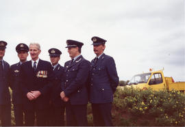 Photo: RCAF Current Servicemen with Veteran