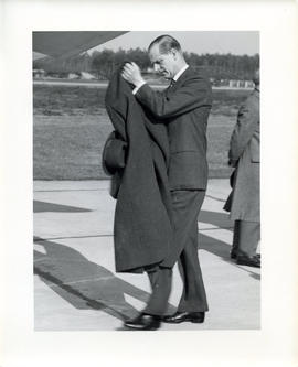 Photo: Duke of Edinburgh at 4 Wing Cold Lake - Photo 2