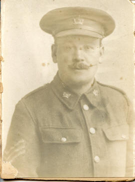 Photo: Canadian WWI Soldier