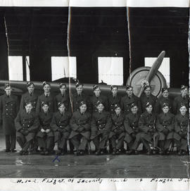 Photo: Air Gunner Group Photo 2