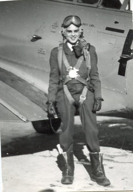 Photo: DD Bergie in Flight Suit