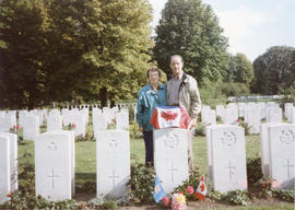 Photo: Family with Gravestone