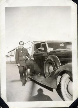 Photo: Serviceman with Car