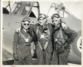 Photo: Three RCAF Pilots Posing Together (AF2014.038.080)